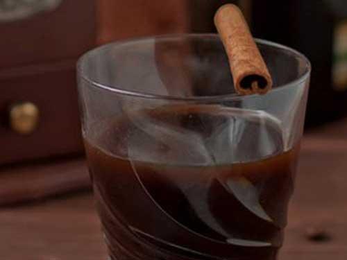 Грушевый ликер, рецепт с кедровыми орешками, корой дуба – кулинарный рецепт