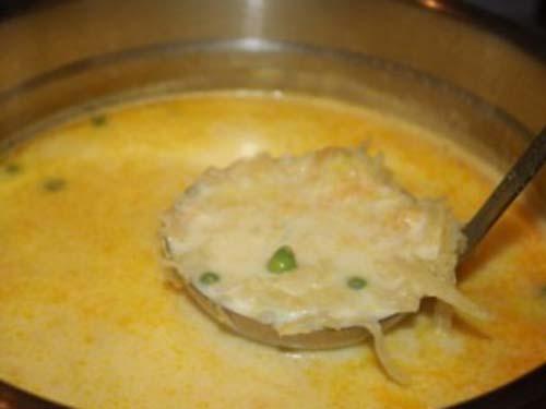 суп молочный с капустой и яйцом