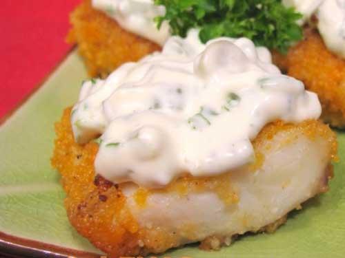 Жареная рыба с соусом тартар