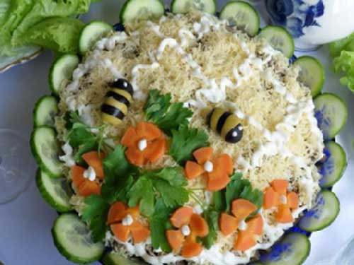 Как называется салат из курицы салата